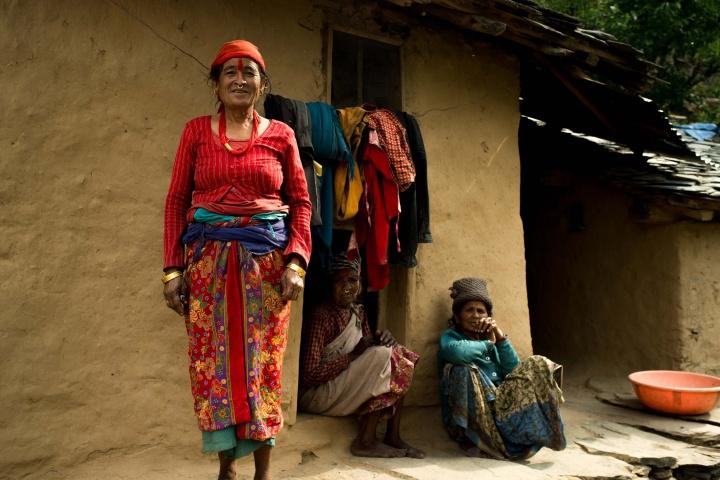 Жители отдалённой деревни Непала, Чайнпур.