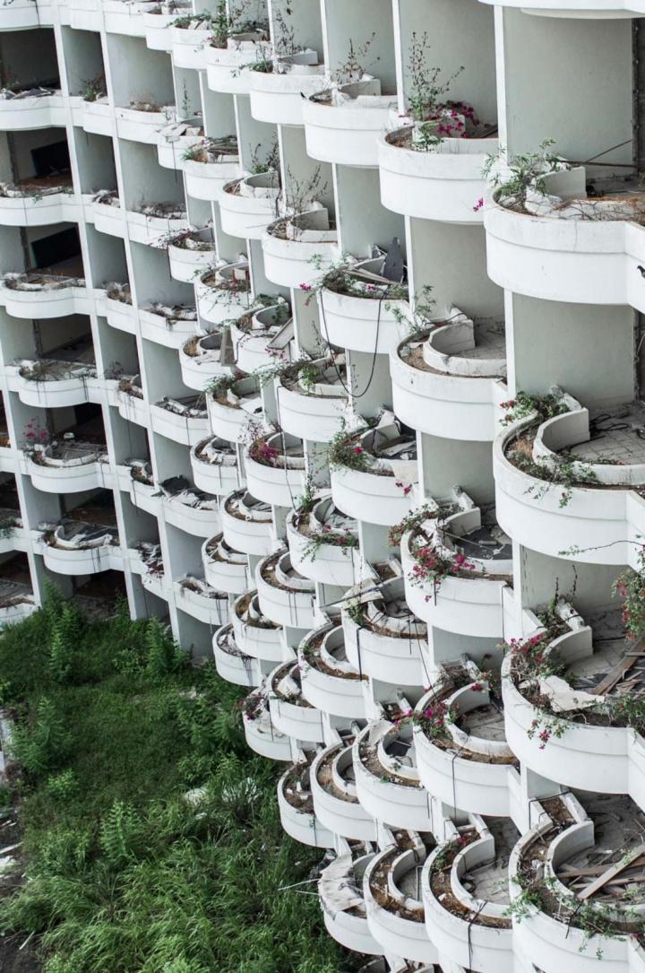 Wavy balconies.