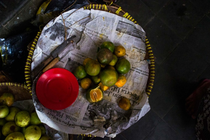 Mandarin fruits at Beringharjo market.